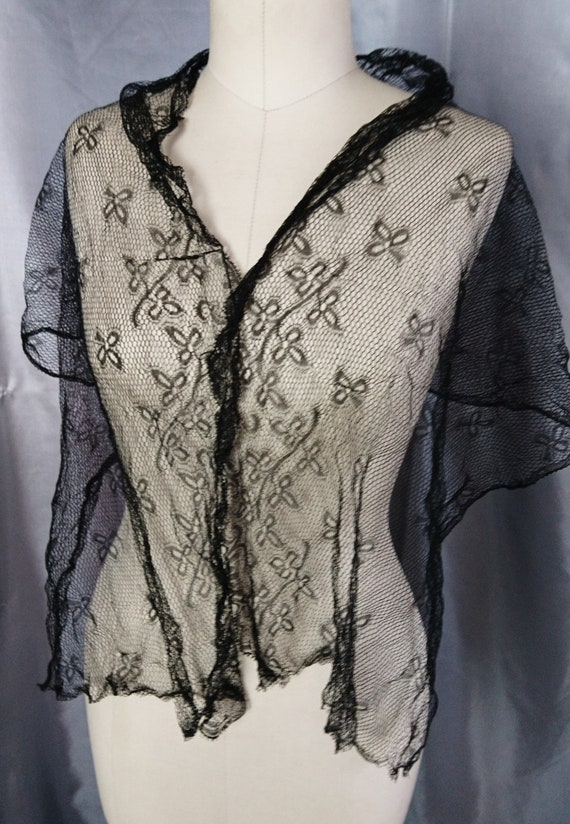 Victorian black lace shawl, shamrock design, hand tatted