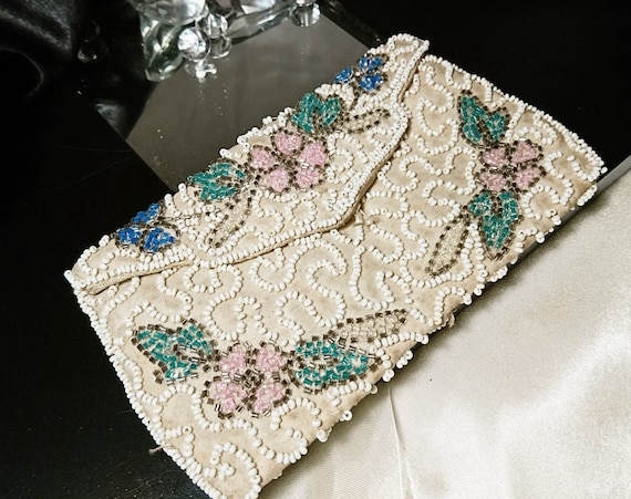 Gorgeous 20's beaded clutch purse, vintage beadwork floral ivory clutch bag with hand strap