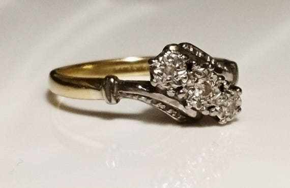 Gorgeous 20's art deco 18ct gold platinum and diamond ring, vintage 18ct gold, vintage platinum ring, art deco engagement ring