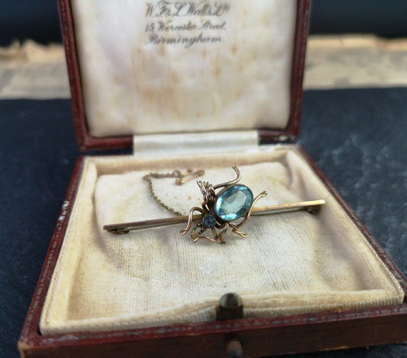 Antique spider brooch 15ct gold and aquamarine, boxed