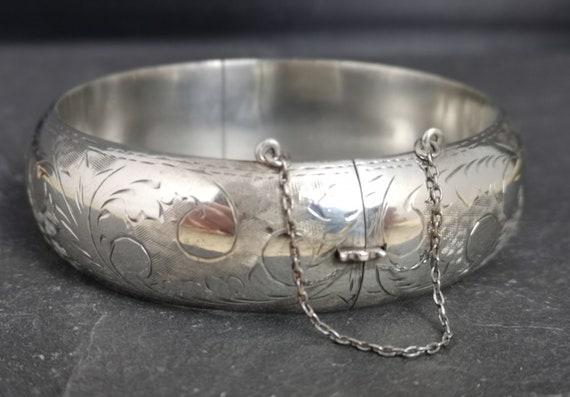 Vintage silver bangle, sterling silver engraved bracelet