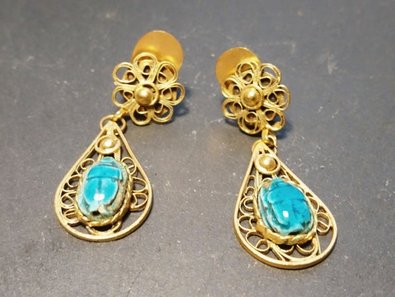 Vintage scarab earrings, hand carved ceramic and gold tone metal, Egyptian revival, dangly earrings