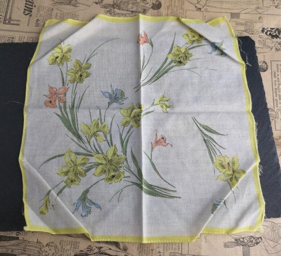 Vintage 40's floral print cotton handkerchief