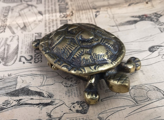 Antique novelty table vesta, Victorian solid brass sea turtle