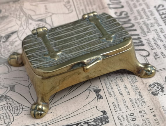 Vintage brass snuff box, small table snuff, chest, lion paw feet