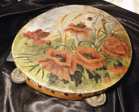 Antique WW1 tambourine, hand painted with poppies, Remembrance, folk instruments, WW1 antiques