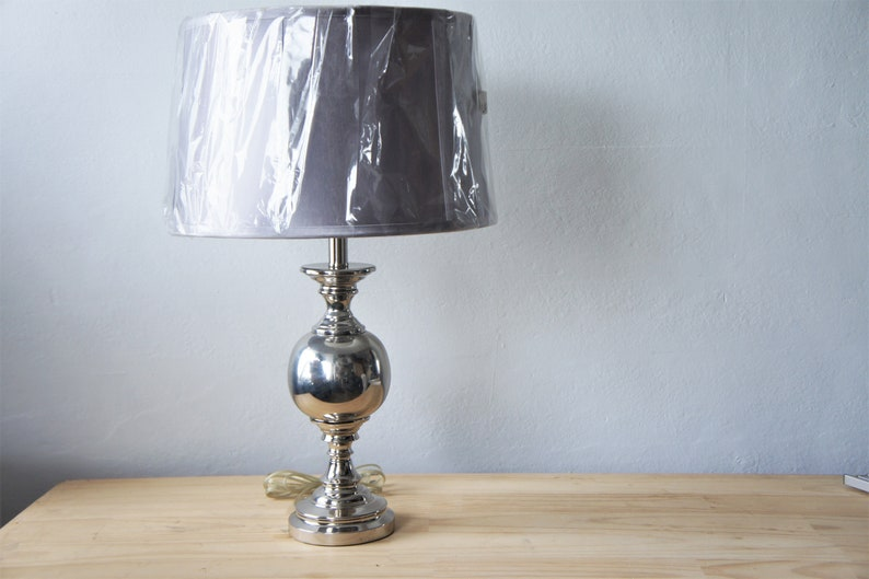 Lampe Style Éclairage Chrome De Vintagec1990hollywood Regencyart Table Déco 0wPnkO8