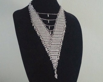Chainmail Necklace -European 4 in 1 Weave- with Leaf Charms