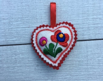 Embroidered Heart with hanging ribbon (H2)