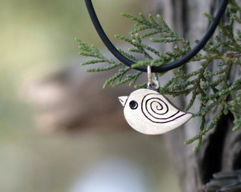 Bird necklace, Mama bird necklace, Bird, Silver necklace, Gift for sister, Dainty necklace