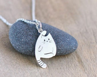 Cat Necklace, Tiny necklace, Cat Charm, Cat Lover Gift, Custom pet portrait, Hello kitty, Sterling silver necklace
