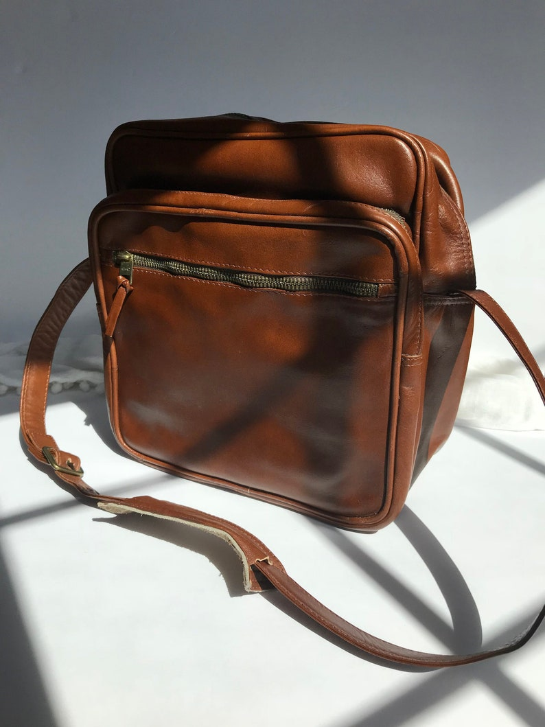 541a43bf72 Vintage Rare TUMI Genuine Leather Carry On   Camera Case