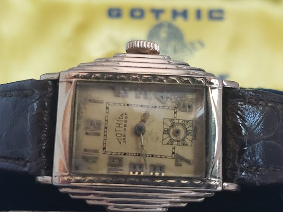 Vintage Deco Rarely Seen Gothic Side Step Watch wi