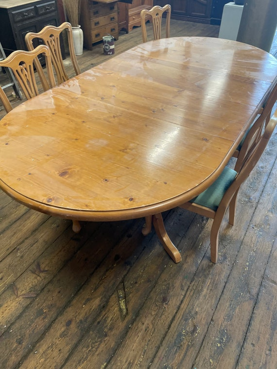 soild pine chunky large Extending Table & Six Chairs professionally hand-painted to your style colour and spec ( unpainted commission)