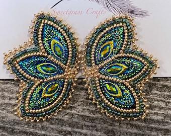 Blue Green & Gold beaded earrings, Native American beaded earrings, Indigenous beadwork, beaded earrings, unique earrings