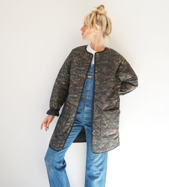 Vintage Carhartt Camo Quilted Liner Jacket | Quilt