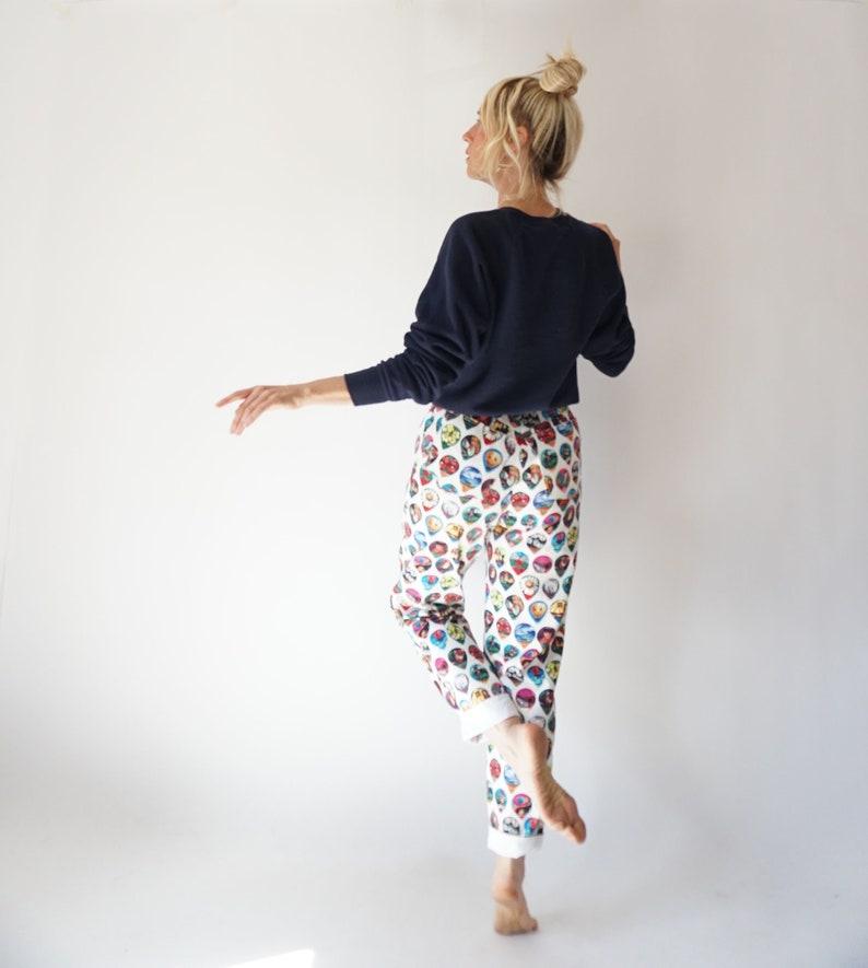 High Rise Cotton High Waist Trousers Vintage Souvenir Print High Waisted 26 Waist Pants