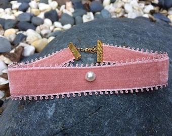 VitalieJd Vintage Rose Choker with Swarovski pearl