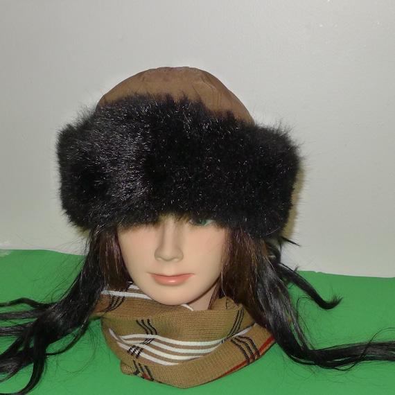 Nice fluffy black opossum fur hat with brown polye