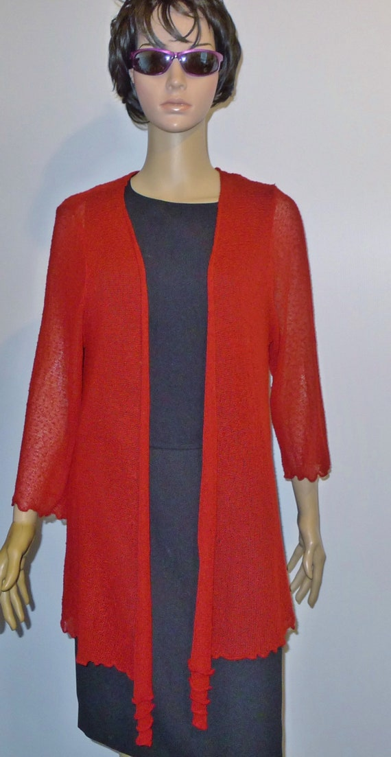 Beautiful   vintage CLAIRE FRANCE  red  open sweat
