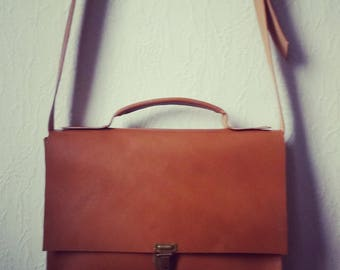 Vintage satchel style shoulder bag