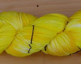 8Ply (DK), hand-dyed yarn, 100g  - Lemon Sorbet