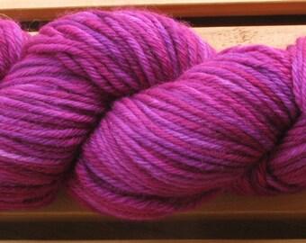 4Ply Merino, hand-dyed yarn, 100g - Berry Nice