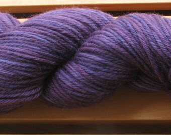10Ply, hand-dyed yarn, 100g - Deep Purple