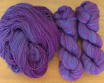 Sock (4Ply), hand-dyed yarn, 100g - Random Dyed Purple