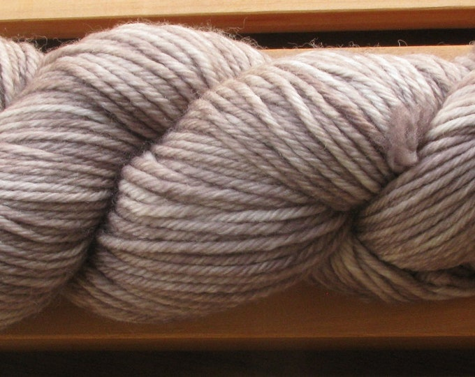 10Ply, hand-dyed yarn, 100g - Baked Clay
