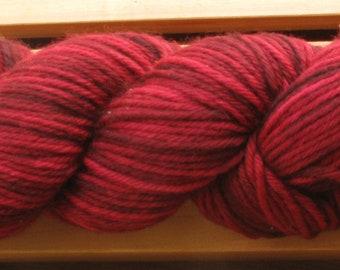 10Ply, hand-dyed yarn, 100g - Burgundy