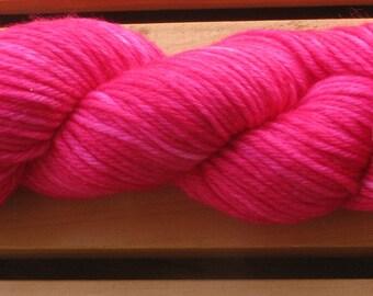 4Ply Merino, hand-dyed yarn, 100g - Hot Stuff