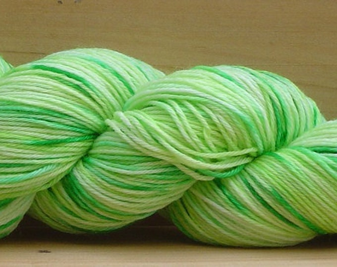 Sock (4Ply), hand-dyed yarn, 100g - Lime Light