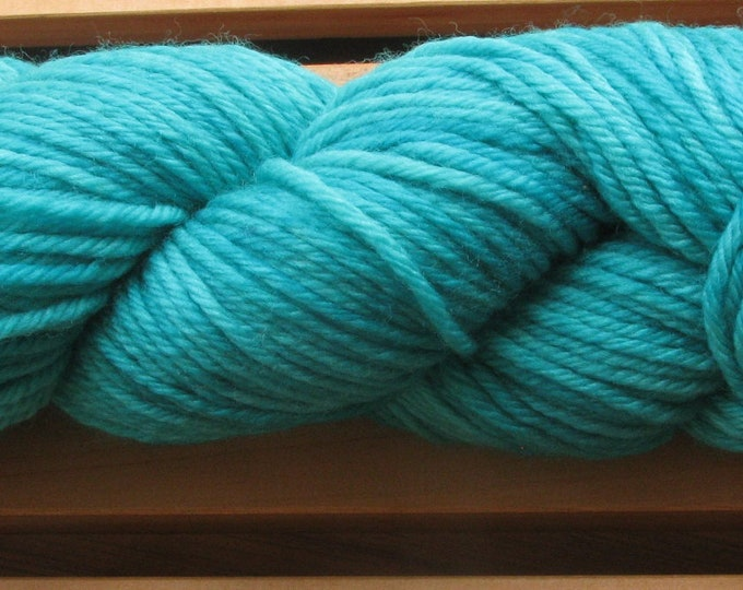10Ply, hand-dyed yarn, 100g - Teal