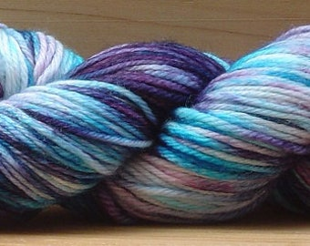 8Ply (DK), hand-dyed yarn, 100g  - Purple Ripple