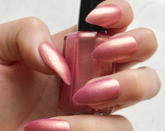 TheGoldenRose - Indie Nail Polish - 5-Free - Rose Gold - Soft Pink Polish with Gold Shimmer - Stocking Stuffers - Great for Gifts!