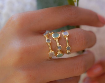 aqua chalcedony ring,trillion ring,gold ring,vintage ring,prong setting ring,tiny stone ring,birthstone gift
