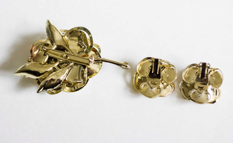 Clip On Earrings. Flower Earrings Brooch and Earrings Flower Brooch