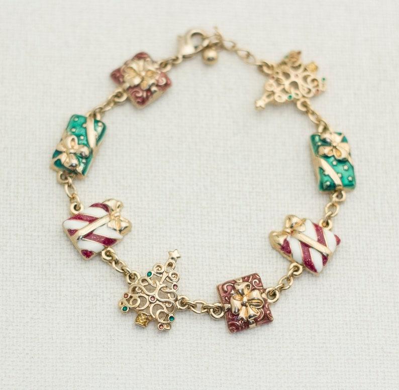 8 Inch December Bracelet Christmas Charm Bracelet Christmas Bracelet Avon Bracelet Holiday Bracelet Winter Bracelet Q7