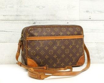 Authentic LOUIS VUITTON Monogram Trocadero 30 Crossbody Bag Brown Shoulder Handbag  Purse Messenger LV Purse 80s Vintage Yo4825 3d910c1b536e2