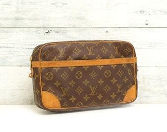 Authentic LOUIS VUITTON Monogram Compiegne 28 Clutch Pochette Purse  Cosmetic Pouch Toiletry Bag Handbag Vintage YO4790 413fd9fbbefb0