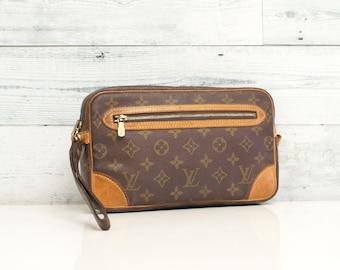 Authentic LOUIS VUITTON Monogram Marly Dragonne GM Wristlets Evening Bag  Clutch Handbag Purse Mini Pouch Cosmetic Vintage Yo4747 0c330fa846e9a