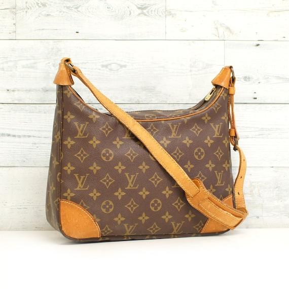 Authentic LOUIS VUITTON Monogram BOULOGNE 30 Shoulder Bag  a9149e2b18ee8