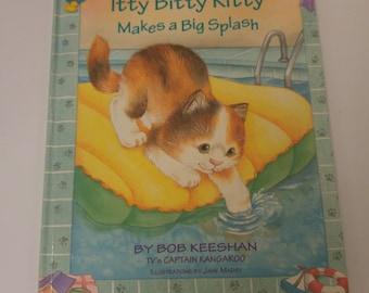 Itty Bitty Kitty Makes a Big Splash by Bob Keeshan by Bob Keeshan | HC | 1997 Like New