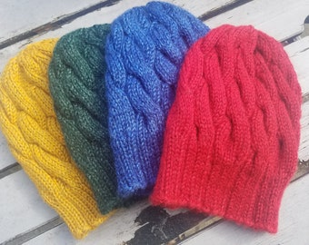 b5478ce2ca7 Cabled knit hat