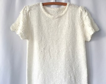 Beautiful vintage ivory knit top