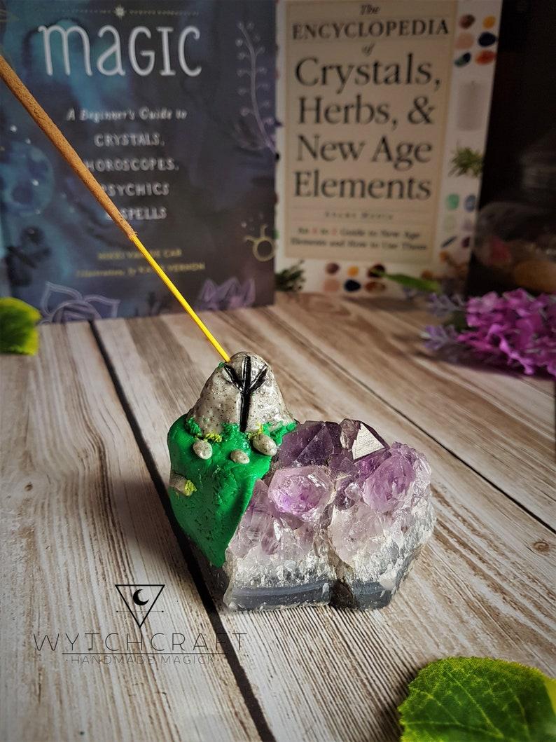 Crystal Incense Holder Altar Tools Amethyst Cluster Incense Burner Witchcraft Supply Algiz Rune Amethyst Incense Holder