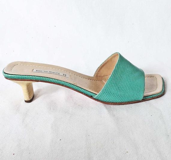 Vintage Bruno Magli  Mules Pinched Block Heel Sli… - image 2