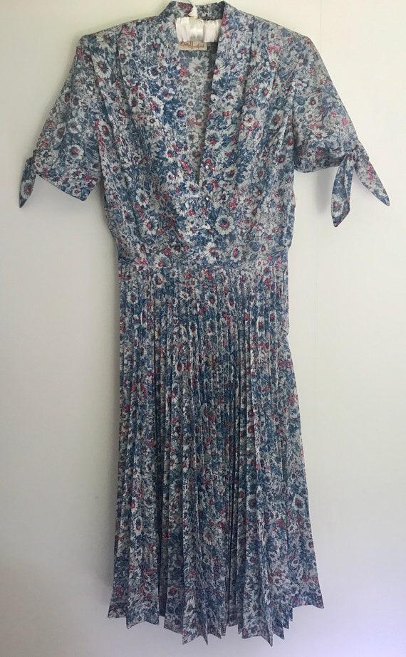 Gorgeous 50's Floral Gauze Dress