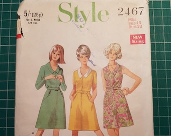 """Vintage Sewing Pattern ~ Style 2467 ~ Ladies Dress 1969 ~ Size 16, Bust 38"""", Waist 29"""", Hips 40"""""""